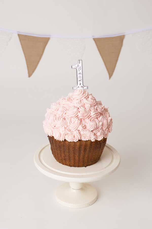 Cake smash photo shoot henley on thames011